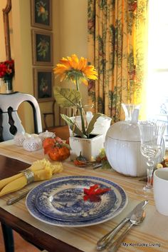 My Kentucky Living : Farmhouse Breakfast Table & Recipe