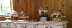 Desserts by Holly at The Carriage House Wedding venue in Conroe.