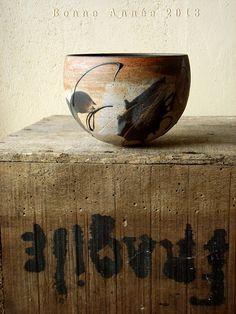 bowl : Christina Guwang So exquisite Ceramic Pots, Ceramic Clay, Ceramic Pottery, Earthenware, Stoneware, Cerámica Ideas, Sculptures Céramiques, Turkish Tiles, Pottery Designs