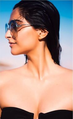 Sonam Kapoor Looks Sizzling Hot In A Black Bikini