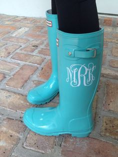 Vinyl Monogram Decal for Rain Boots. Available at Boardman Printing. Cute Shoes, Me Too Shoes, Vinyl Monogram, Monogram Gifts, Letter Monogram, Converse, Hunter Boots, Just In Case, Rubber Rain Boots