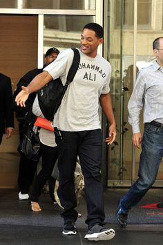 Muhammad Ali T-Shirt Cassius Clay Will Smith, Boxing Legend Willian Smith, Will Smith And Family, David Beckham Style, Afro, Nike Free Runners, Best Mens Fashion, Victorias Secret Models, Muhammad Ali, Timberland Mens