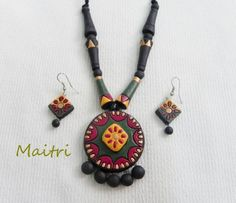 Largest Online Marketplace in India Funky Jewelry, Simple Jewelry, Clay Jewelry, Handmade Jewelry, Terracotta Jewellery Designs, Terracota Jewellery, Play Clay, Clay Creations, Indian Jewelry