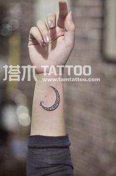 Alla moda di cambiare la nostra mentalità, cambiare il nostro mondo emotivo, per cambiare la realtà della vita, tatuaggi belle popolari nel mondo della moda l'afflusso di bellezze maschili, e, a volte difficile da immaginare, e ben educati bene impostare l'aspetto del tatuaggio fascino, forma d'arte minimalista il concetto di avanguardia, qualità elegante in una, per così dire, i tatuaggi di Pechino piccolo tatuaggio non è solo tatuaggio, è un'arte, una creatività unica.