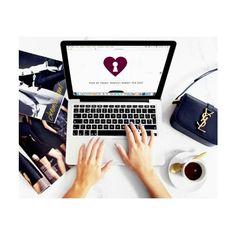 Estamos trabalhando muito para deixar tudo perfeito para vocês! Não vemos a hora de contar as novidades, aguardem! ❤️ #news #newsarecomming #novoprojeto #work #workhard #lovemyjob #dowhatyoulove #surprise