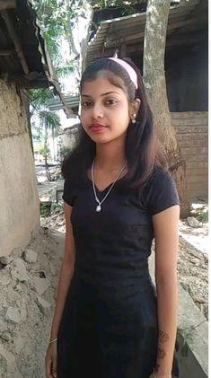 Beautiful Blonde Girl, Beautiful Girl Photo, Beautiful Girl Indian, Most Beautiful Indian Actress, Beautiful Women, Arabian Beauty Women, Indian Beauty, Desi Girl Image, Dehati Girl Photo