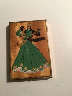 Vintage Powder Compact With Dancing Couple