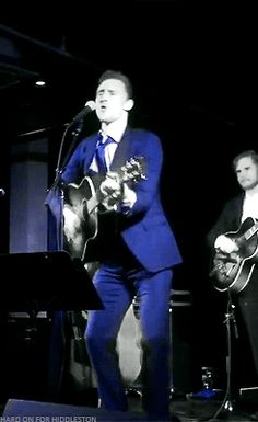 Tom Hiddleston performs as Hank Williams at I Saw The Light Nashville premiere. Gif-set (by hard-on-for-hiddleston): http://cheers-mrhiddleston.tumblr.com/post/151532859424