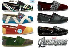 Avengers TOMS Shoes Avengers TOMS Shoes: Superbe Collection de Chaussures Geek