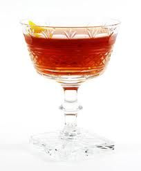 Yellow Martinez: 4 parts barrel-aged gin + 2 parts sweet vermouth + 1 part maraschino + 3 dashes orange bitters