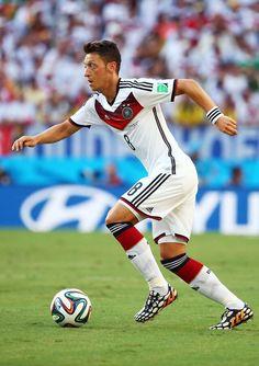 Mesut Ozil Heiße Fußball-Spieler