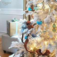 Gorgeous flocked Christmas tree by hollie Christmas Tree Images, Turquoise Christmas, Flocked Christmas Trees, Blue Christmas, Beautiful Christmas, Winter Christmas, Christmas Tree Decorations, Christmas Holidays, Holiday Decor