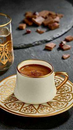 Coffee Machine Second Hand Coffee Art, My Coffee, Coffee Drinks, Coffee Club, Coffee Break, Morning Coffee, Expresso Coffee, Café Chocolate, Coffee World