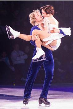 Meryl Davis and Charlie White, Stars on Ice Figure Ice Skates, Figure Skating, Allen White, Stars On Ice, Meryl Davis, Draw The Squad, Ice Skaters, Olympic Champion, Ice Dance