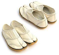 SOU - SOU Shoes : Japan Jikatabi (Old Style of Farmer Shoes in Japan) Modern Style.