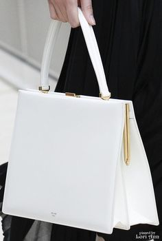 Celine Spring 2017 RTW Women's Handbags & Wallets - http://amzn.to/2iZOQZT