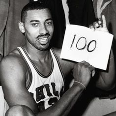 Wilt Chamberlin scores 100 pts in a single game. Unbelievable