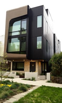 Cool small townhouse in Seattle.