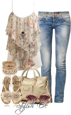 Again, I'm not a fan of light wash jeans, but I love this shirt! The necklace, bracelet, bag and shoes are nice too