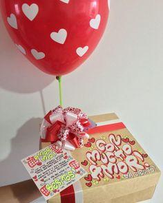 Hermosos detalles 💜 @dulceamor17 Hermosos y deliciosos desayunos, meriendas y anche...   Yooying Friendship, Boyfriend, Amor, Bag Packaging, Decorative Lettering