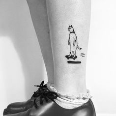 """I don't know how to skateboard, but I like watching skateboarding. I am allergic to cats, but I love them"" :) Thank you, Emerald! #tattoo #cattattoo #illustration #drawing #skateboarding #catskateboarding #catillustration #standingcat #ink"