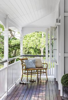 Queenslander veranda: white painted wood railing/balustrade, timber decking, white wood panelling on ceiling, French windows, leafy outlook Porches, Hamptons Style Decor, The Hamptons, Hamptons Style Bedrooms, Hamptons House, Veranda Railing, Wood Railing, Deck Balustrade Ideas, Porch Veranda