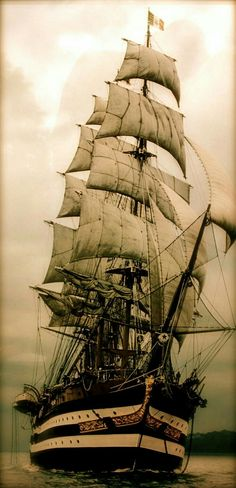 Tall Ships and Maritime History Best Picture For Canoeing plans For Your Taste You are looking for s Tall Ships Festival, Bateau Pirate, Old Sailing Ships, Model Sailing Ships, Sailing Boat, Ship Paintings, Wooden Ship, Yacht Boat, Submarines