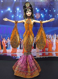 OOAK Barbie NiniMomo's Miss Pakistan 2011