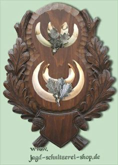 Den Ideas, Woodcarving, Taxidermy, Horns, Hunting, Projects To Try, Clock, Handmade, Inspiration