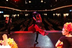 #LeParisien #ParadisLatin #atelierfrenchcancan IN IMAGES. At school the cancan. Once a month the Paradis Latin opens at ten candidates for an introduction to French Cancan. Happy elected are welcomed in the dressing rooms of the famous Parisian cabaret ...