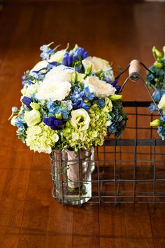 bridesmaid bouquets - green, cream, blue