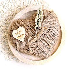 Ideas para bodas al aire libre Wedding Boxes, Diy Wedding, Rustic Wedding, Wedding Gifts, Persian Wedding, Ring Holder Wedding, Ring Pillows, Fall Wedding Decorations, Decor Crafts