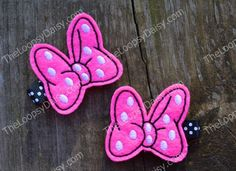 Pink Minnie Mouse Bow Clippies