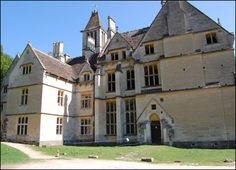 Woodchester Mansion - is a lost and nearly forgotten mansion that sits alone in the Gloucestershire countryside. In the mid 1850's William Leigh hired over 100 craftsmen to build the mansion, but 10 years later work stopped and the craftsmen walked out. William Leigh is said to continue to walk the halls on the incomplete 2nd floor and throws rather large stones and slams doors when people trespass. Other activity includes spirit lights, rumbling noises, tapping, disembodied voices, and…