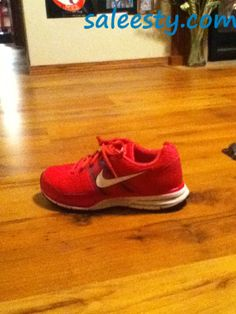 Just do it     as usual, a pair of Nike's Shoes for Cheap im in love with and I can't find them.