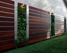 privacy garden fence wood steel elements vertical garden wall