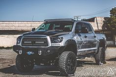 Toyota Tundra by Jacob Merrell braking with our eLINE Series Brake Rotors with custom Logos. photo by: Jonah Vang Photography Toyota Trucks, Lifted Trucks, Pickup Trucks, 2010 Toyota Tundra, Toyota Tacoma, Jeep Suv, Jeep Truck, Lifted Tundra, Tacoma Truck