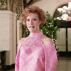 Molly Ringwald in Pretty in Pink dir. Molly Ringwald, Movies And Tv Shows, Pretty In Pink, Style, Swag, Outfits