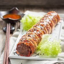 Sushi with meat and bacon Greek Recipes, Meat Recipes, Cooking Recipes, Greek Cooking, Cooking Time, Greek Dishes, Different Recipes, Food Network Recipes, Food To Make