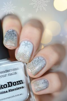 LaKoDom, gradient glitter and Stamping Snowflakes