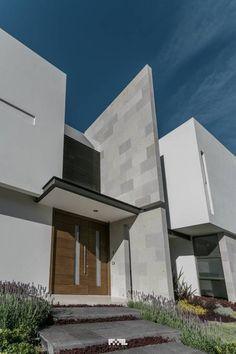 San José del Tajo: Puertas y ventanas de estilo Moderno por 2M Arquitectura