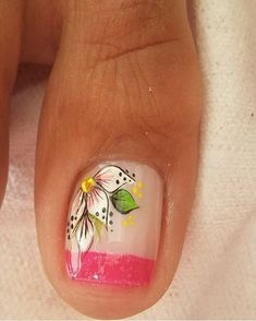 Uñas decoradas con FLORES y MARIPOSAS para los PIES - ElSexoso Pedicure Nail Art, Pedicure Designs, Feet Nail Design, Seasonal Nails, Nails Only, Feet Nails, New Nail Art, Toe Nail Designs, Christmas Nail Art