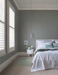 smoke green wall bedroom - Google Zoeken Bedroom Colour Palette, Bedroom Colors, Neutral Bedrooms, Bedroom Ideas, Beige Wall Colors, Paint Colors, Brown Walls, Beige Walls, Wall Color Combination