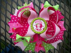 This bow is made with grosgrain ribbon     The bow can be put on french clip or alligator clip with no slip gripper message me the clip you would like on bow