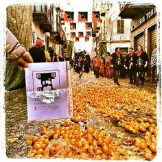 #foundverdi a #Ivrea nel mezzo della battaglia delle arance! #verdiishere Buon #Carnevale! @#VerdiMuseum