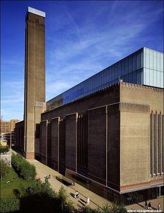 Tate Modern – Herzog & de Meuron - Paperblog British Architecture, London Architecture, Architecture Details, Modern Architecture, Museum Architecture, Industrial Architecture, Tate Modern Gallery, Tate Modern Art, Tate Gallery
