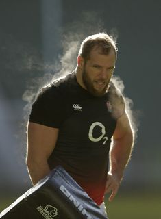 e29e3afef40 James Haskell of England during an England Rugby training session