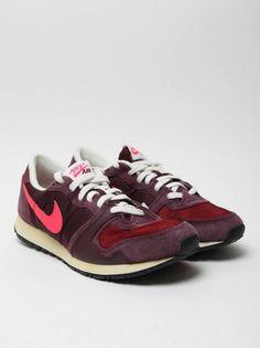 Nike Air Vengeance Vintage V-Series Sneakers-04