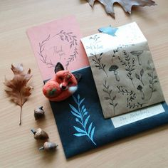 Yesterday's mail ✉🌌 #mailday #snailmail #packaging #packagingart #drawing #needlefelting #felting #nature #natureinspired #naturelover #etsy #etsyseller #etsyorder #revonvilla #fox #pin #brooch #piirtäminen #posti #huovutus #luonto #kettu #kirje