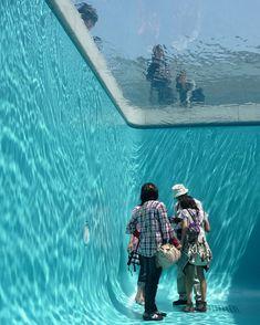 Fake Swimming Pool by Leandro ErlichJapan, 21st Century Art Museum; Image Credits: NAKAMICHI Atsushi / Nacása & Partners